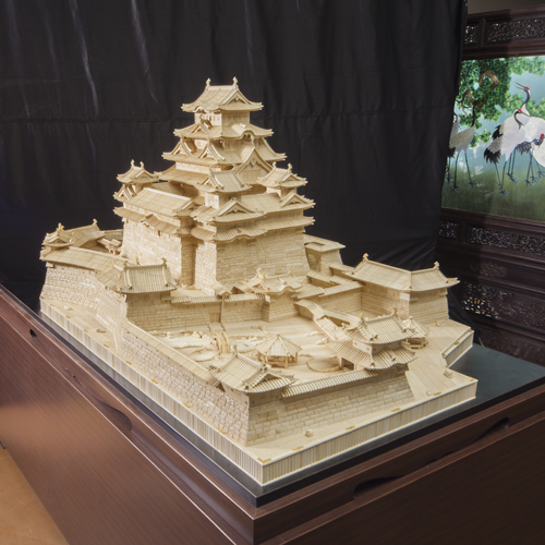 Himeji Castle (The world's largest ivory sculpture)