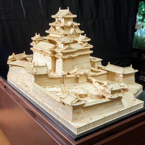 Himeji Castle (The world's largest ivory sculpture)(Koukadou's Products/ Results)
